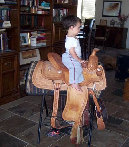 Anthony_on_saddle