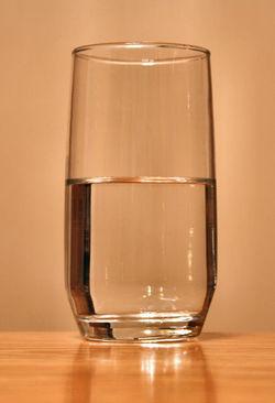 409pxglassofwater_2